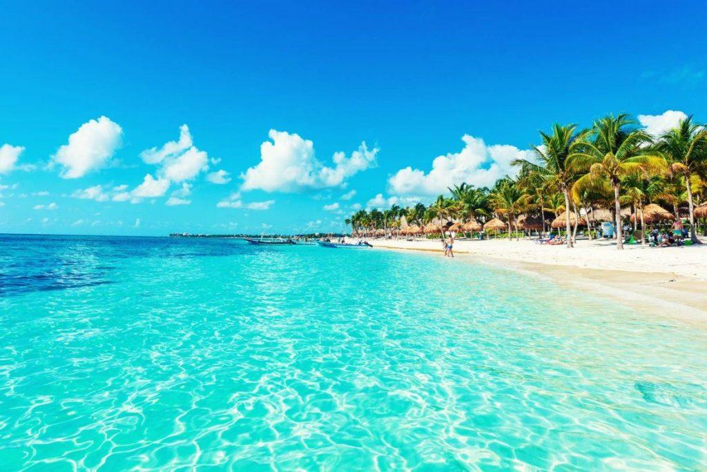 8e1041af24241 Playa del Carmen es el corazón mismo de la Riviera Maya gracias a sus  extraordinarias playas