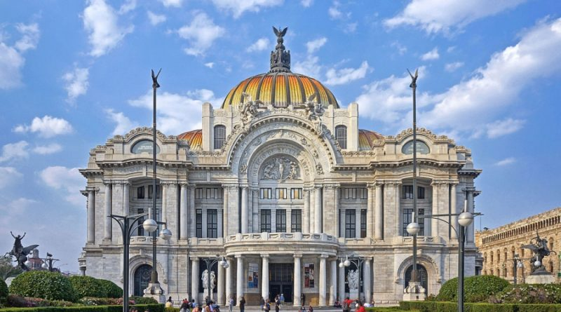 No te pierdas del Centro Histórico de la Ciudad de México y pasa un fin de semana increíble.