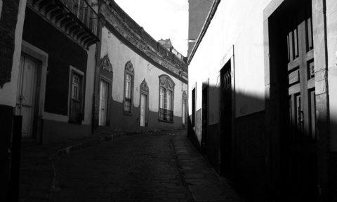 Allende se prepara para el ataque realista
