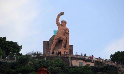 Monumento de homenaje del Pípila en Guanajuato