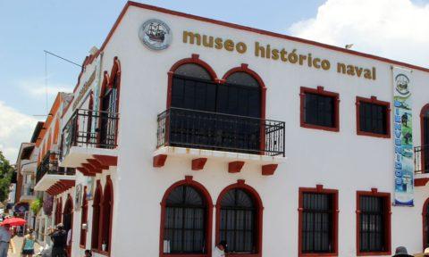 Atractivos en Puerto Vallarta: Museo Histórico Naval