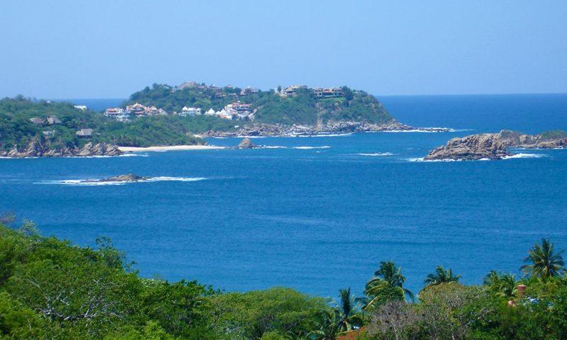 Bahías de Huatulco es el paraíso de Oaxaca.